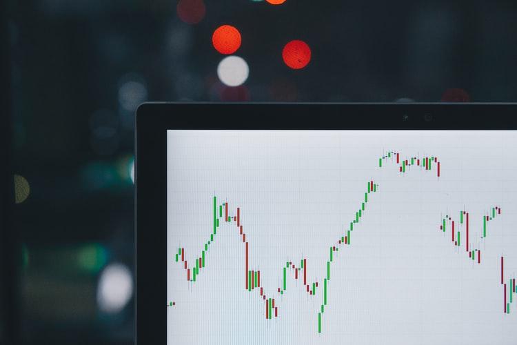 国内バイナリーオプションの取引方法を解説(タッチ、レンジ、ラダー)